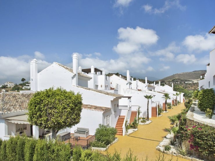 Brand new apartments and penthouses in Nueva Andalucía