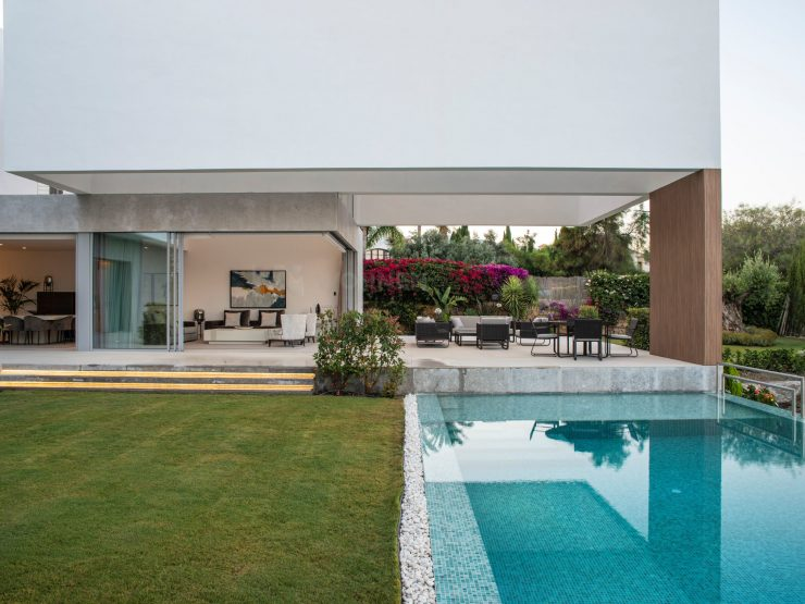 Spektakuläre moderne Villa in Benahavis – Los Flamingos Golf