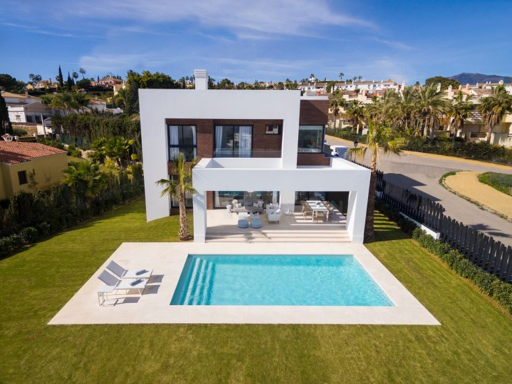 Stylish contemporary villas in the new Golden Mile, near Puerto Banus and Marbella.