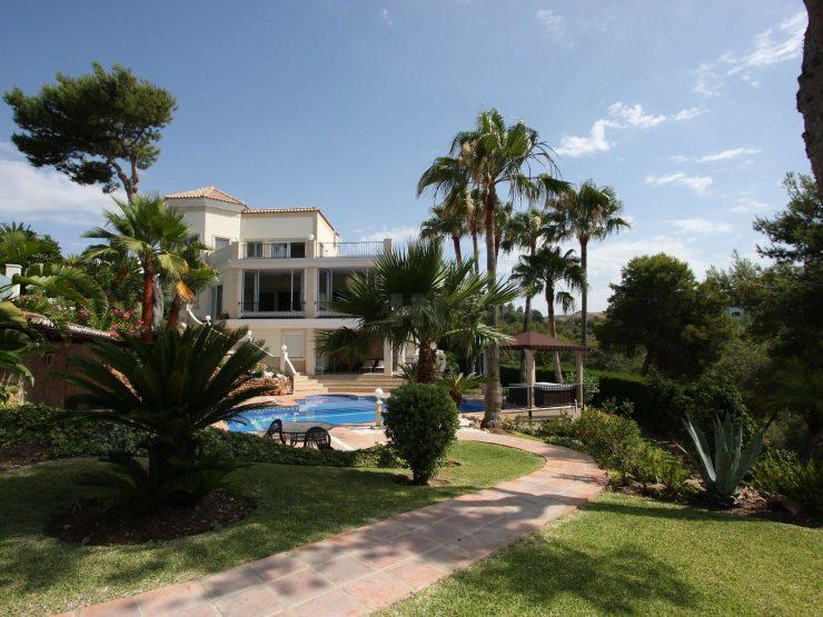 High quality villa in Hacienda Las Chapas