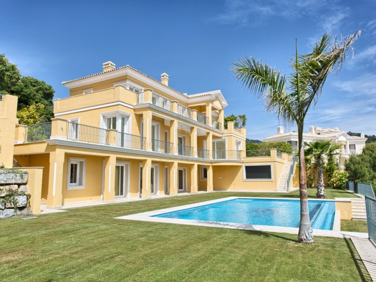 Great new villa, build to the highest standards with beautiful views to the coast