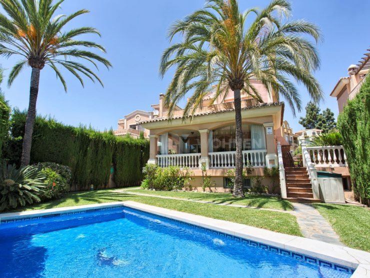 A very spacious detached villa in the center of Marbella