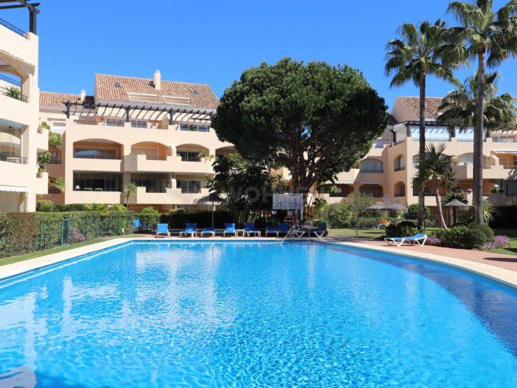 Beautiful apartment in Hacienda Playa Elviria – Marbella
