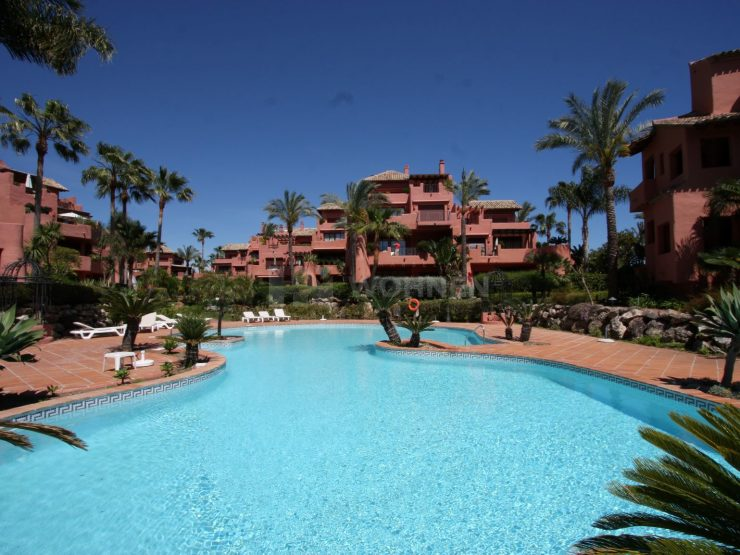 Beautiful ground floor apartment in the beach front complex