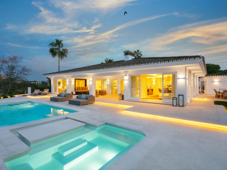 Luxury Villa front line golf Las Brisas