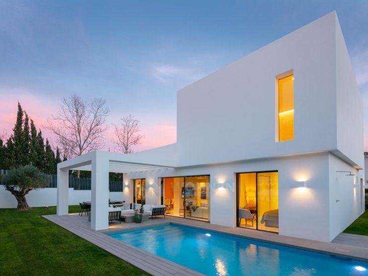 Beautifully renovated villa in Guadalmina Alta with contemporary design