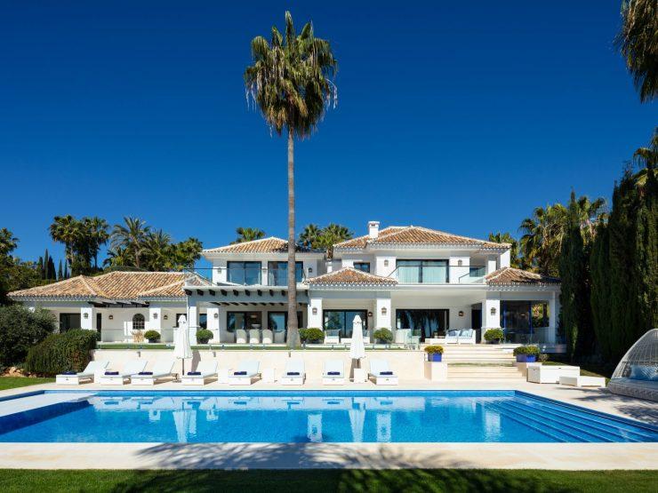 Luxury Villa with original Andalucian architectural essence in La Cerquilla, Nueva Andalucia, Marbella