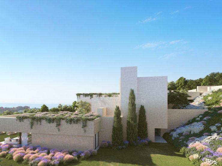 Spectacular villa under construction in Los Flamingos