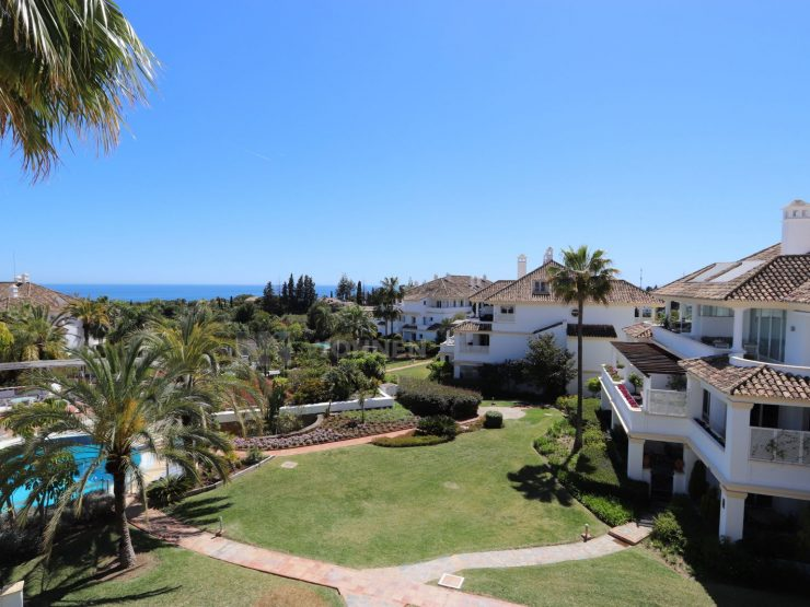 Luxurious apartment on the Golden Mile Marbella