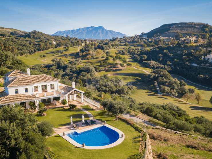 Spectacular Golf villa in Marbella Club Golf Resort with panoramic sea views