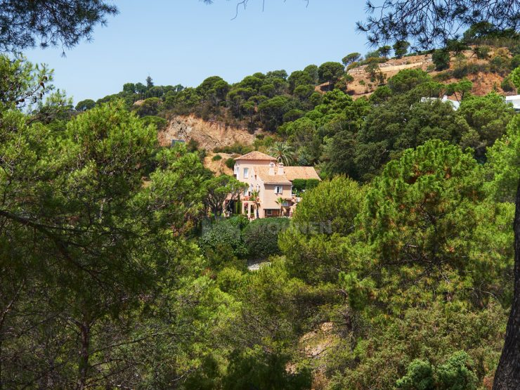 A traditional quality villa, very nicely located in El Madroñal