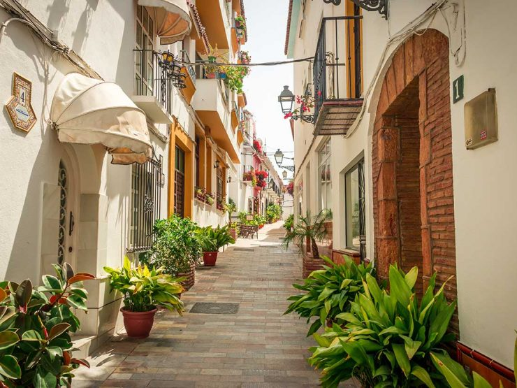 REAL ESTATE – Requirements to put your home for tourist rental in Marbella – Spain