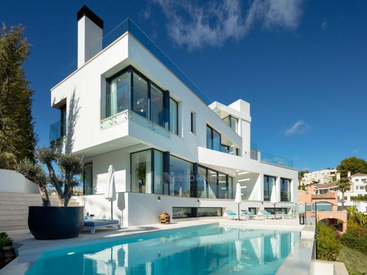 Modern villa with panoramic views in Marbella – La Quinta