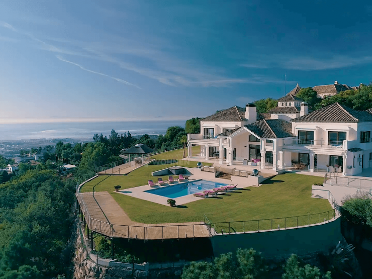 Spectacular villa with breath-taking panoramic views in La Zagaleta
