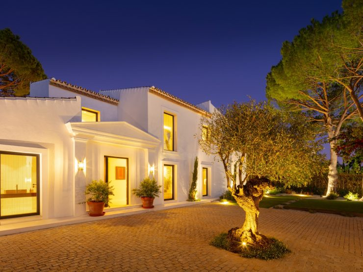 Exquisite family residence in the heart of the golf valley – Marbella