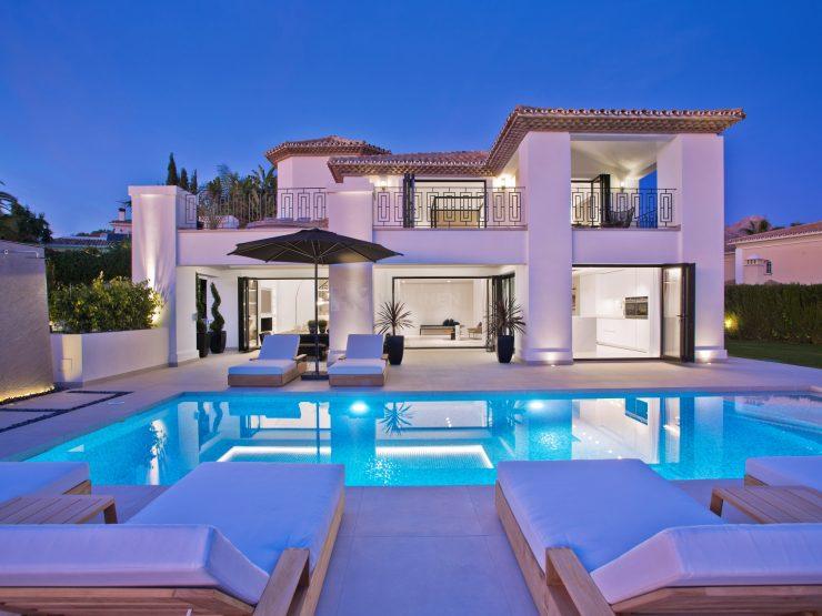 Classic and modern Andalusian villa in Los Naranjos Golf – Marbella