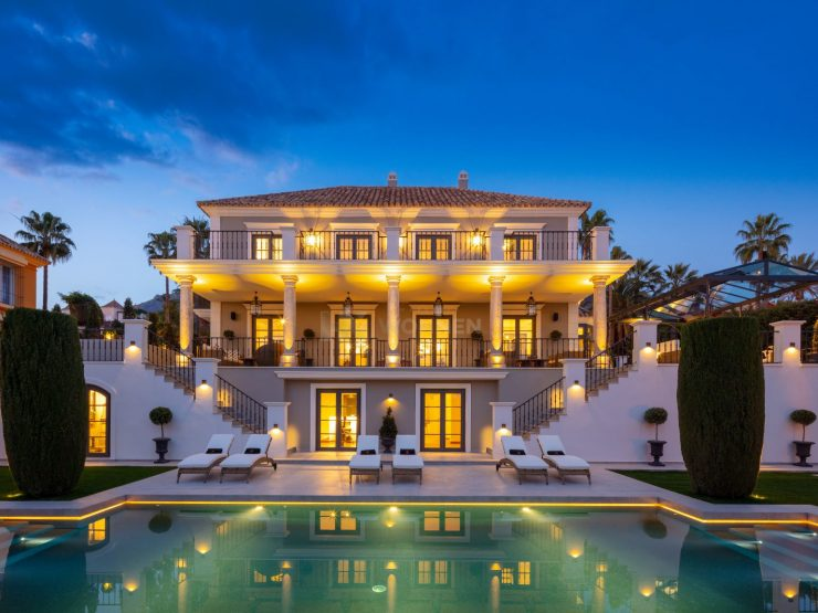 Villa with classic architecture in Sierra Blanca – Marbella