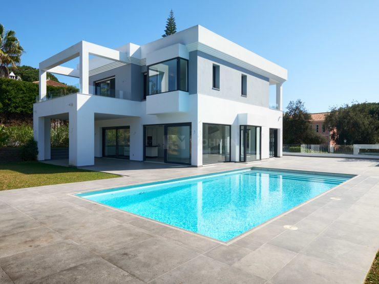 New built contemporary quality villa in Hacienda Las Chapas – Marbella