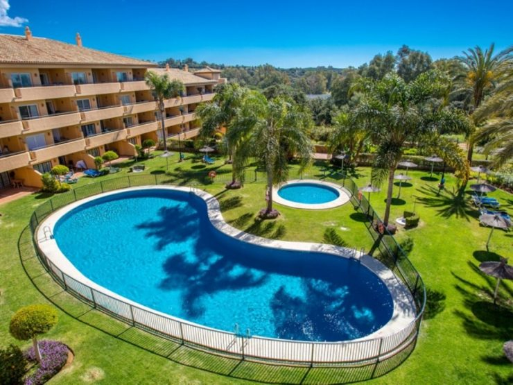 Nice south facing ground floor apartment in Elviria Marbella