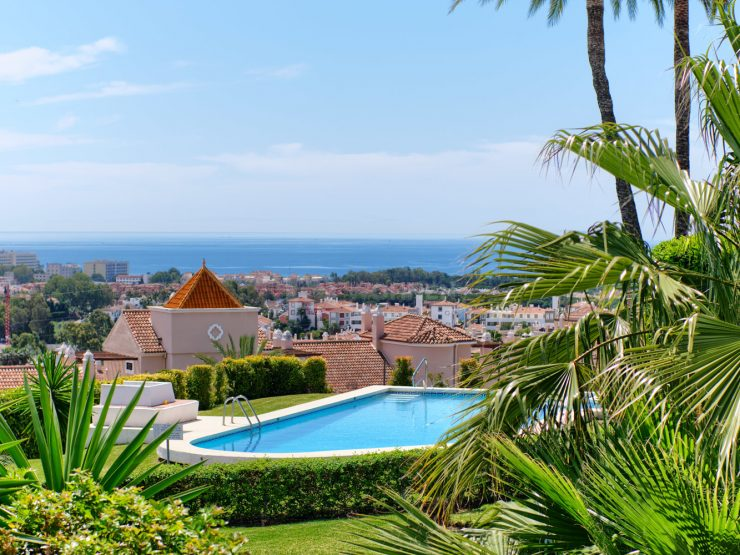 Fully refurbished duplex apartment with seaviews