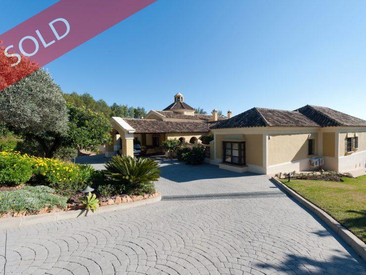 Classic style, top quality villa in La Zagaleta withbeautiful sea views