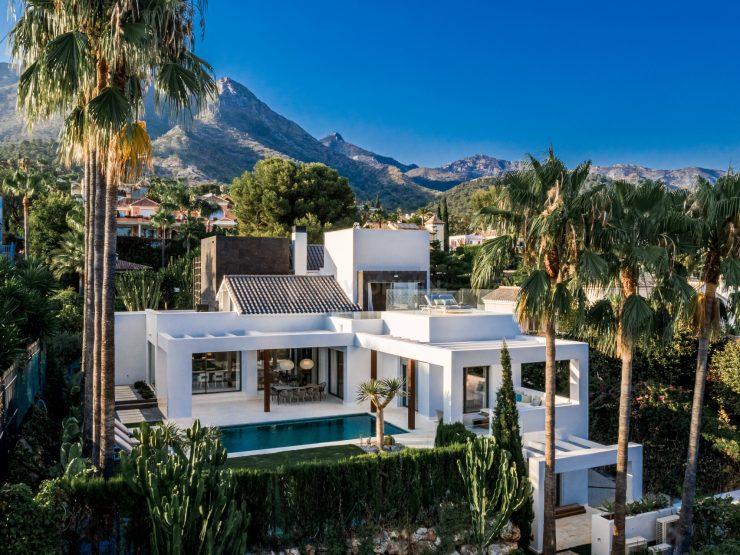 Elegant new build villa in Sierra Blanca Golden Mile Marbella