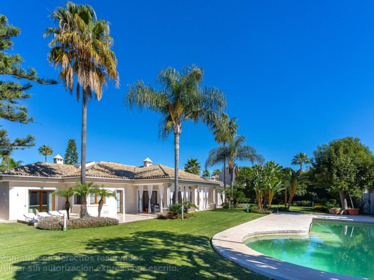 Luxury Villa in Puerto Banús Area – Marbella