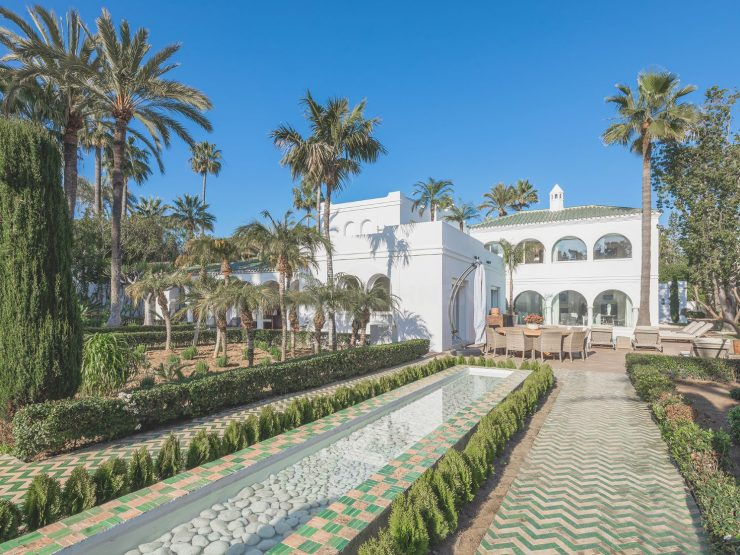 Exquisite Andalusian – Moorish-inspired luxury villa