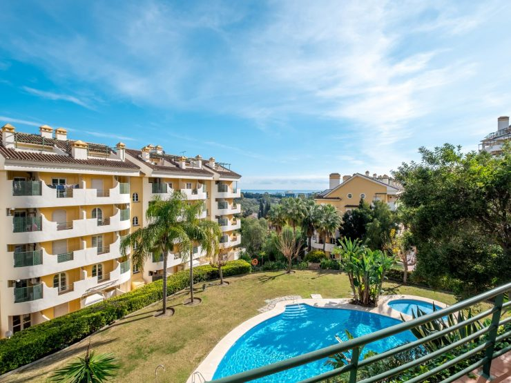 Beautiful Apartment walking distance to Centro Plaza and Puerto Banus – Marbella