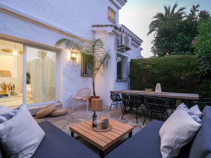 Charming townhouse in unique Andalusian architecture in Los Naranjos