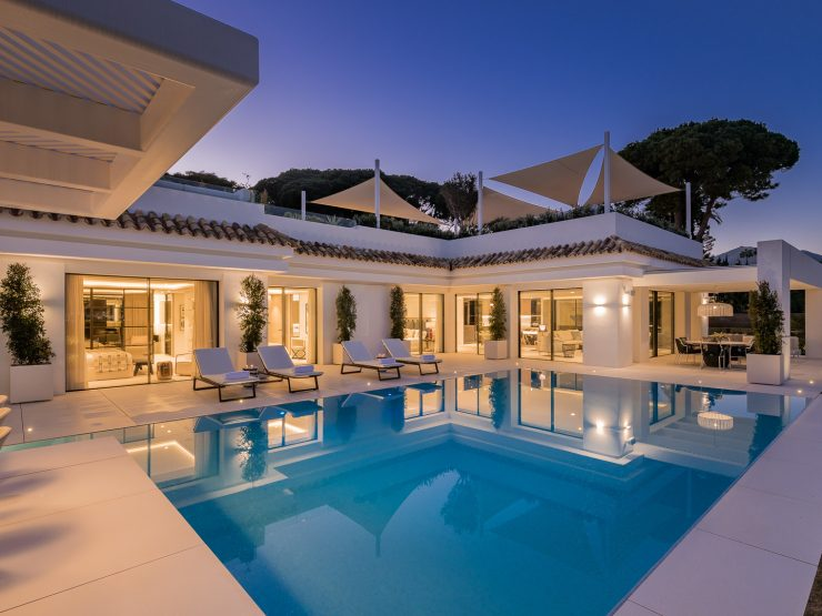 Modern villa with breathtaking views of La Concha and the Golf Valley