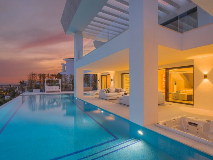 REAL ESTATE – MARBELLA – Property of the Month January 2021 – Stunning Newly Built Luxury Villa with Panoramic Views