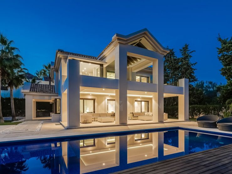 Modern new luxury villa 100m from the beach – Marbella Golden Mile
