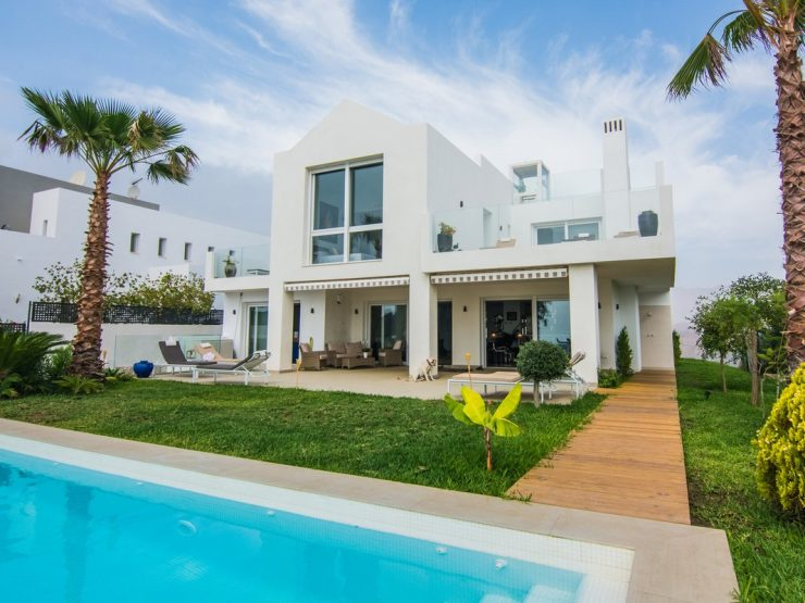 Brand new villa with panoramic sea views in La Mairena – Marbella
