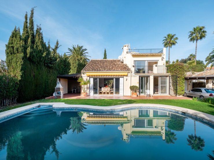 Villa in Los Naranjos Golf Nueva Andalucía