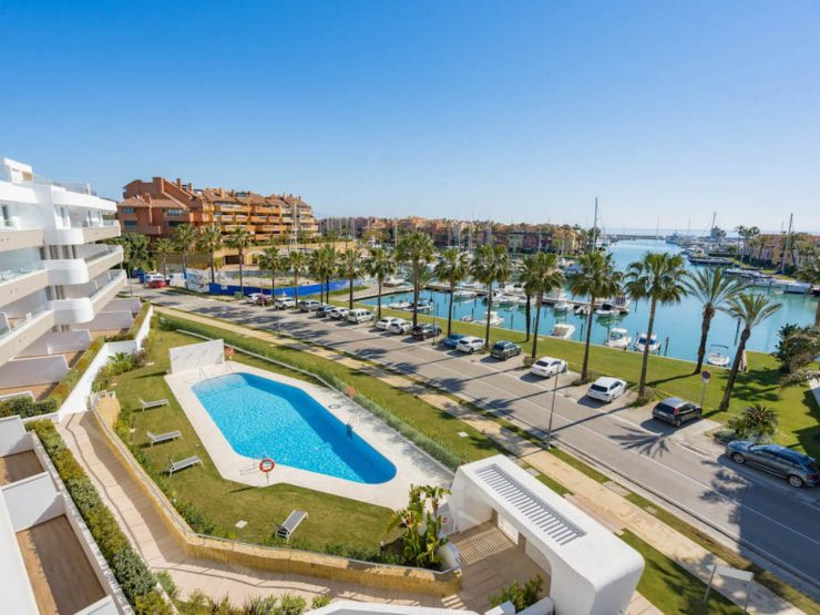 Penthouse in Sotogrande Marina overlooking the port