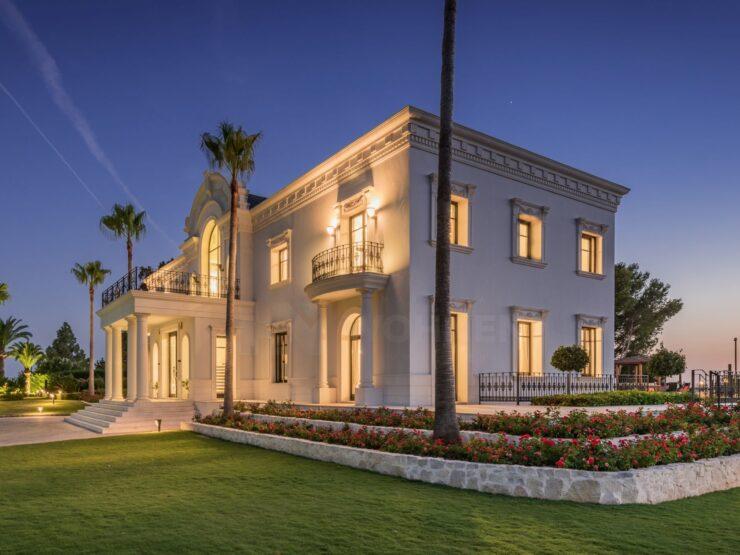 Majestic mansion overlooking the beautiful Mediterranean Sea