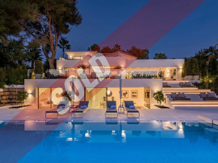 Modern villa in a privileged location in Las Brisas Golf Marbella