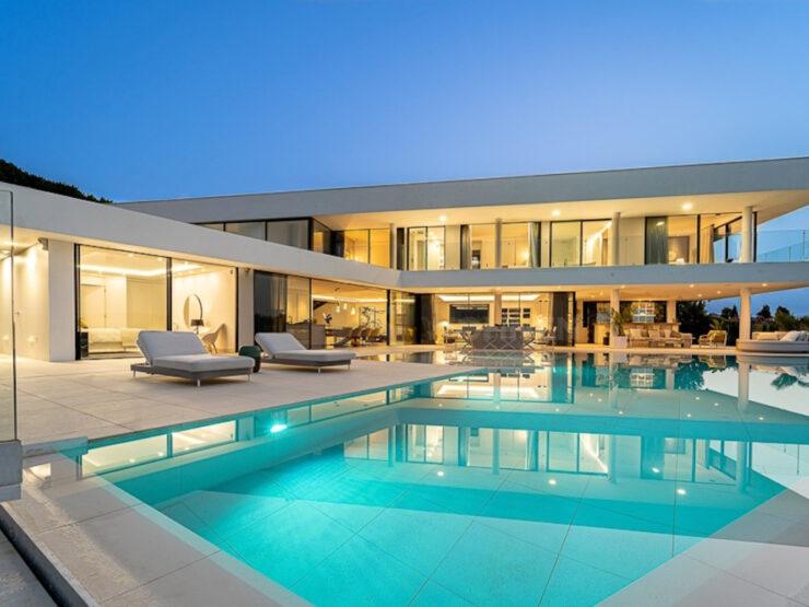 Fabulous newly built modern villa with amazing panoramic sea views