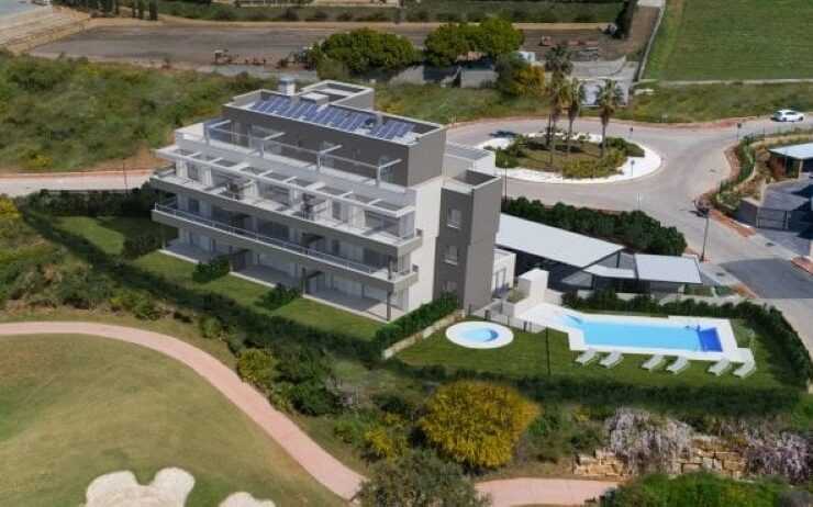 Residential complex in La Cala Resort with golf and sea views