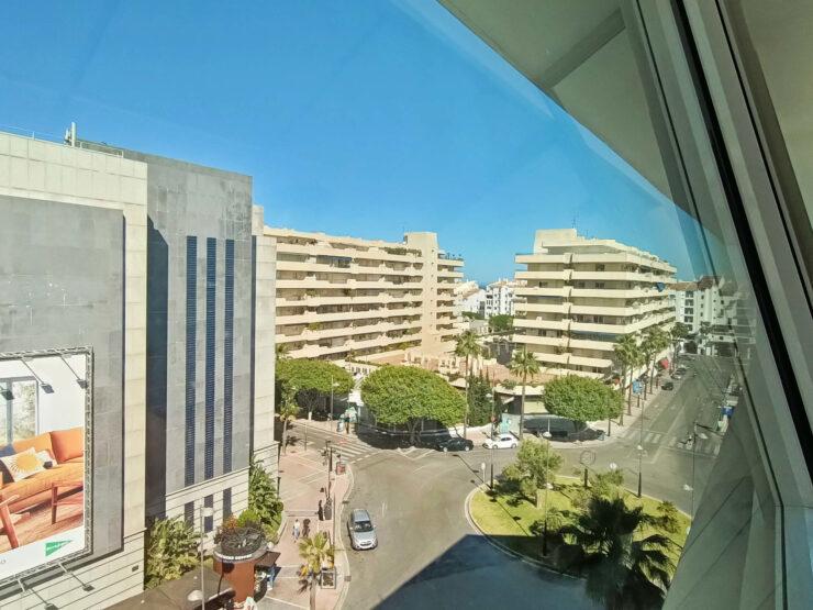 Office in prime location Puerto Banús, Marbella