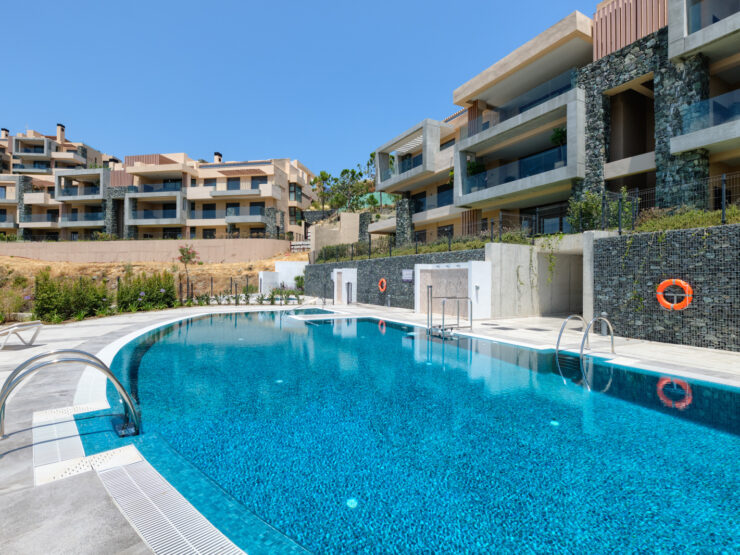 New quality penthouse with spectacular panoramic sea views