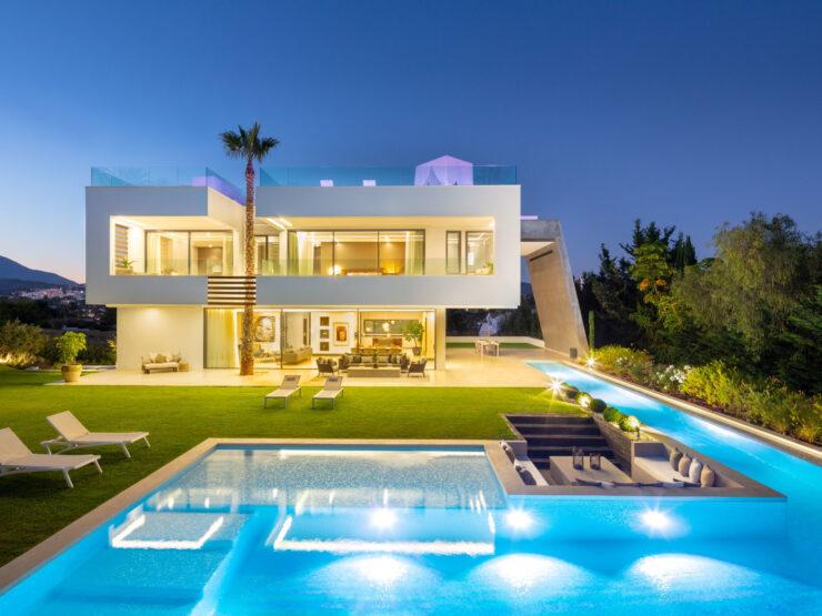 Impressive brand-new villa in the heart of Nueva Andalucia