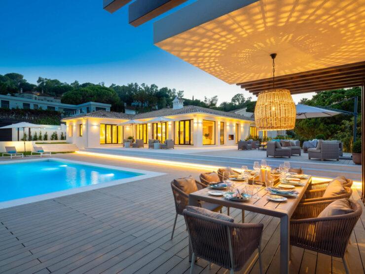 Modern bungalow style villa in Las Brisas Golf Marbella