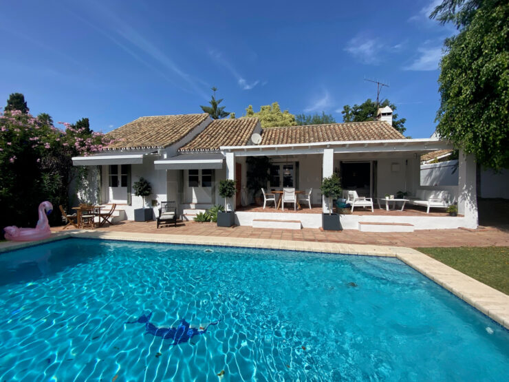 Charming villa in El Paraiso